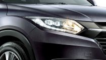 ruse black metallic Honda HR-V front light